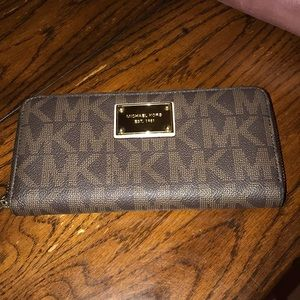 Michael Kors Jet Set Brown Wallet